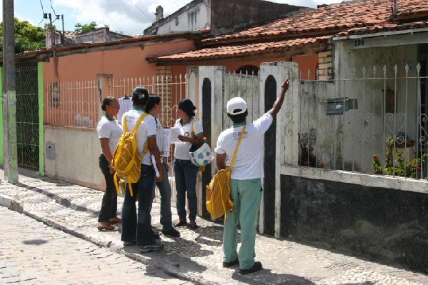 Agentes são assaltados sozinhos ou em dupla (Foto: fatoafato.com)