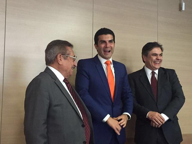 Cássio e Maranhão com Helder Barbalho (Foto: Ascom/CCL)