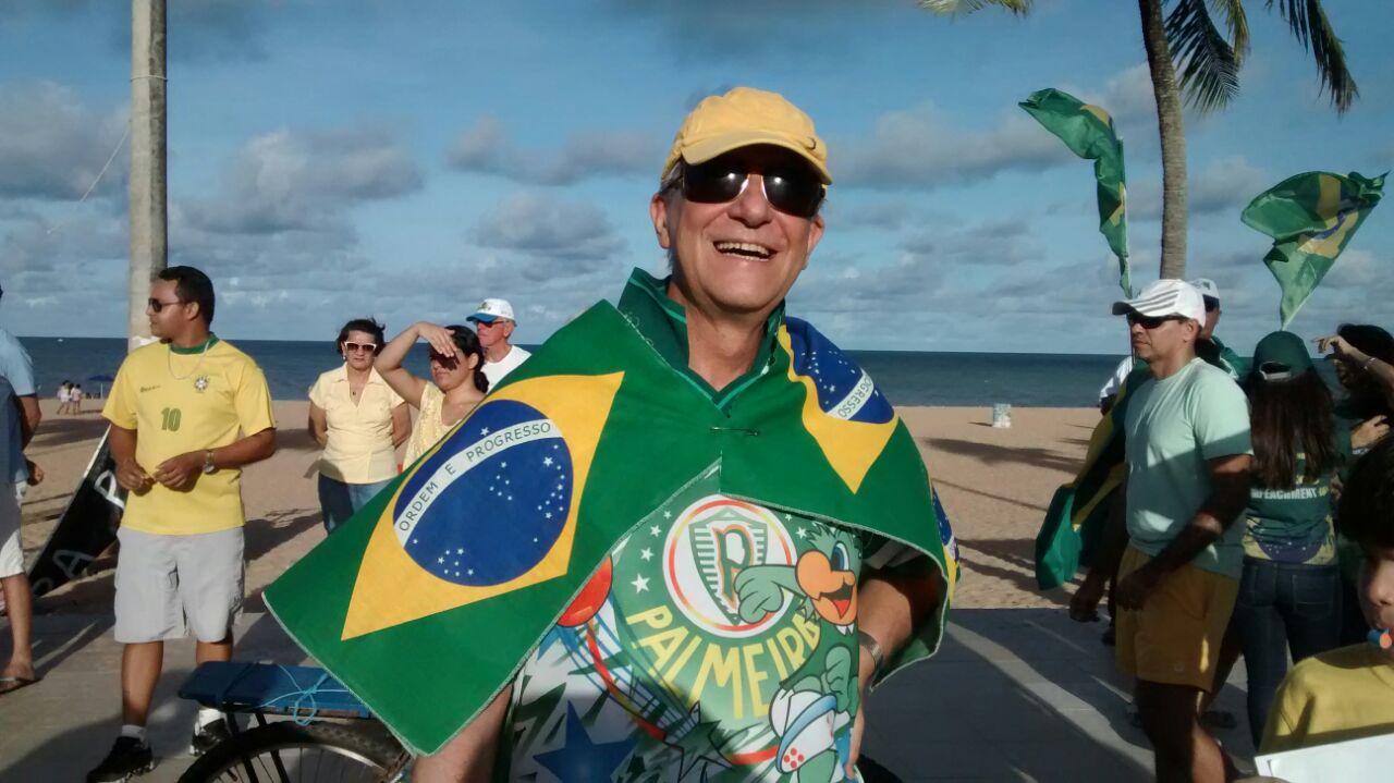 Dom Aldo foi ativo participante das manifestações pelo impeachment de Dilma