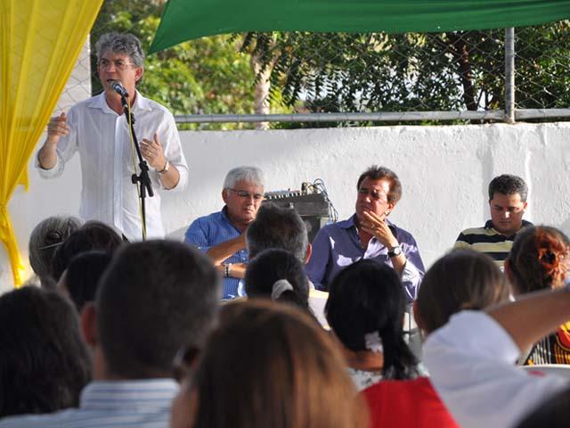 Ricardo Coutinho, em solenidade de inauguração em Picuí (Foto: SecomPB)