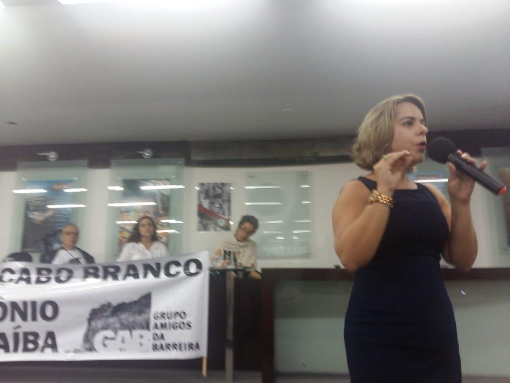 Daniela expôs projeto da PMJP para evitar destruição da barreira