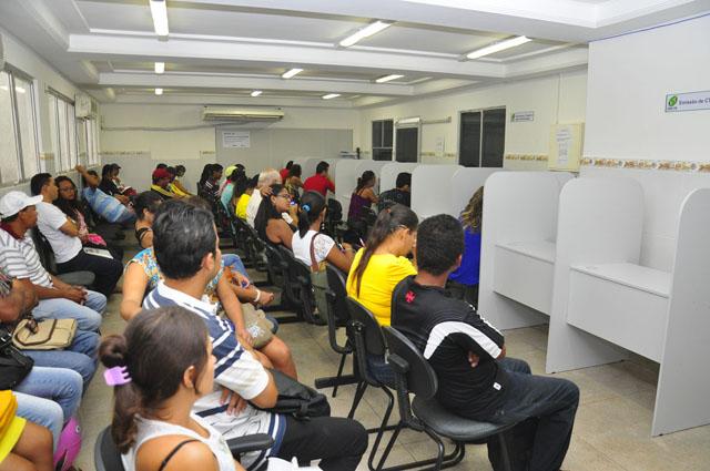 Procura por emprego no Sine-PB (Foto: paraiba.pb.gov.br)