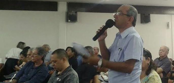 Victor Hugo ontem no debate no auditório da PBTur (Foto: Raquel Limeira)
