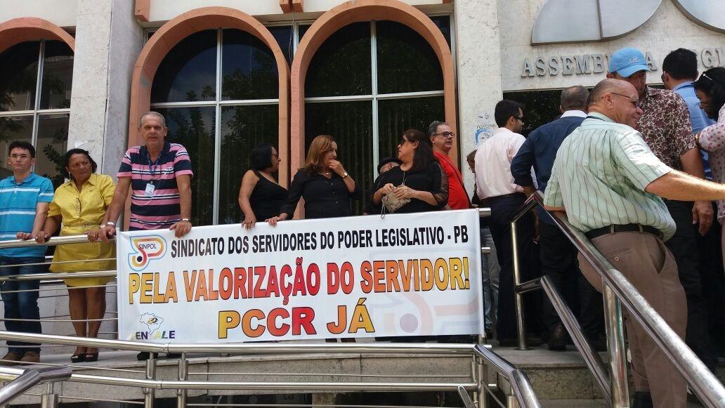 assembleia-protesto