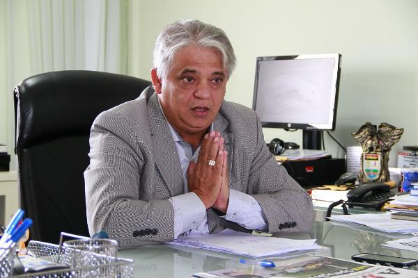 Cláudio Lima deu posse à comissão que vai punir agressões a gays (Foto: arquivo JP)