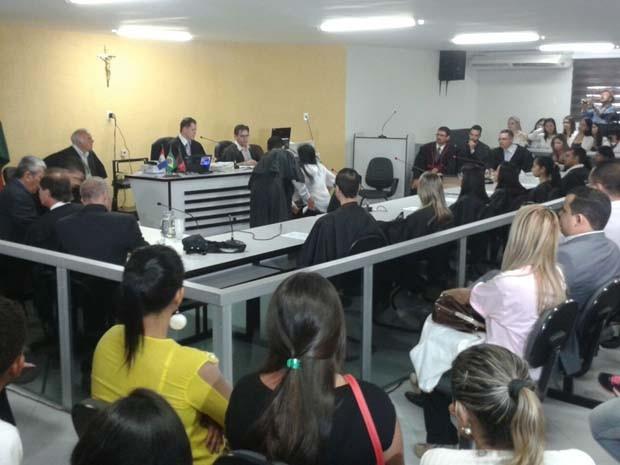 Prioridade é para julgar assassinos de mulher (Foto: júri em Queimadas/G1PB)