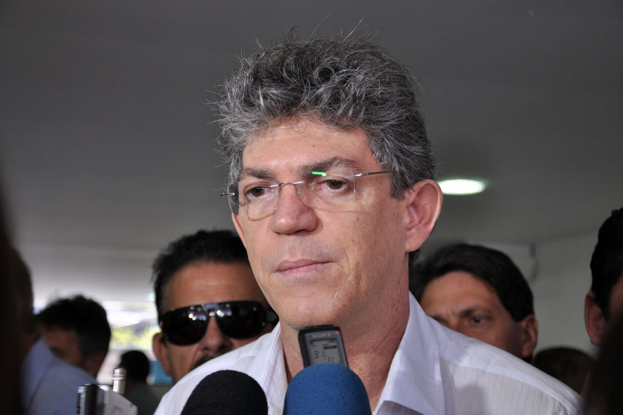Ricardo Coutinho vai a Brasília tentar reverter rebaixamento (Foto: Arquivo/JP)