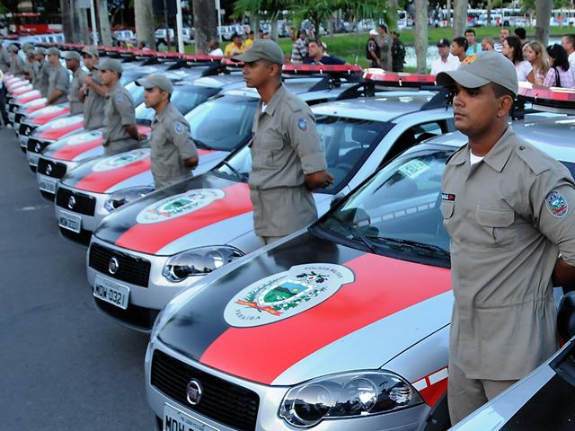 Na Paraíba, governo costuma entregar carros novos em cerimônia pública (Foto: José Marques/SecomPB)