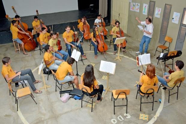 Aula de Música na Casa do Béradêro (Foto: ICCB/Kickante)