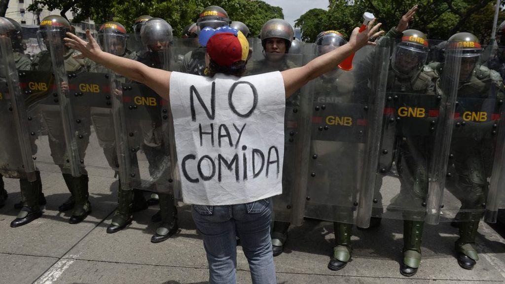 Estudantes sofrem no Brasil as consequências da crise na Venezuela (Foto: BBC)