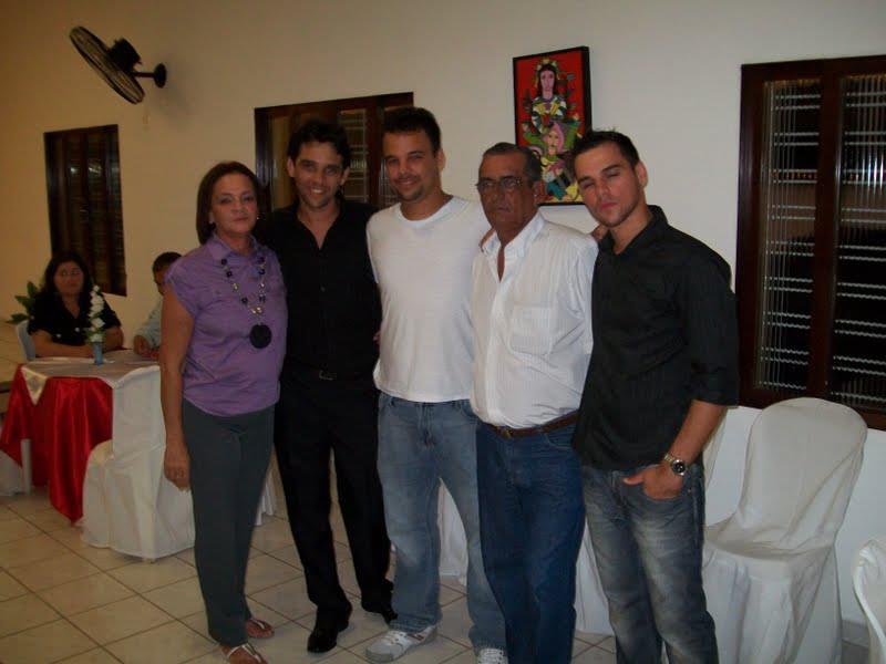 Rosane, Carlos e Tiago, os dois primeiros filhos, Fernando e Diego, o caçula