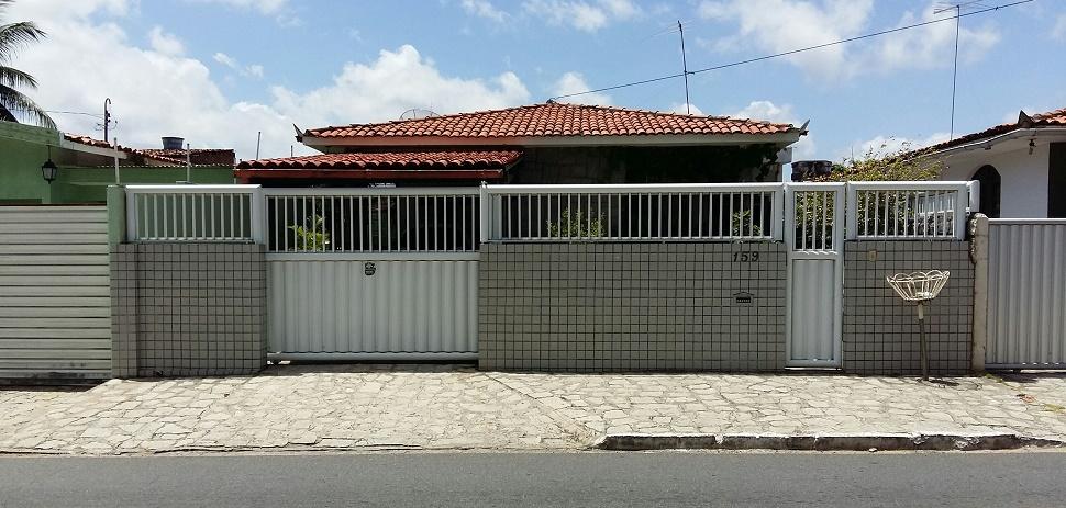 Casa da Maestro Osvaldo Evaristo, no Bairro dos Estados, em João Pessoa