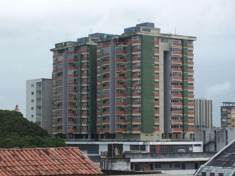 Edifício Manoel Pires, no Centro da Capital (Foto: Wikimedia Commons)